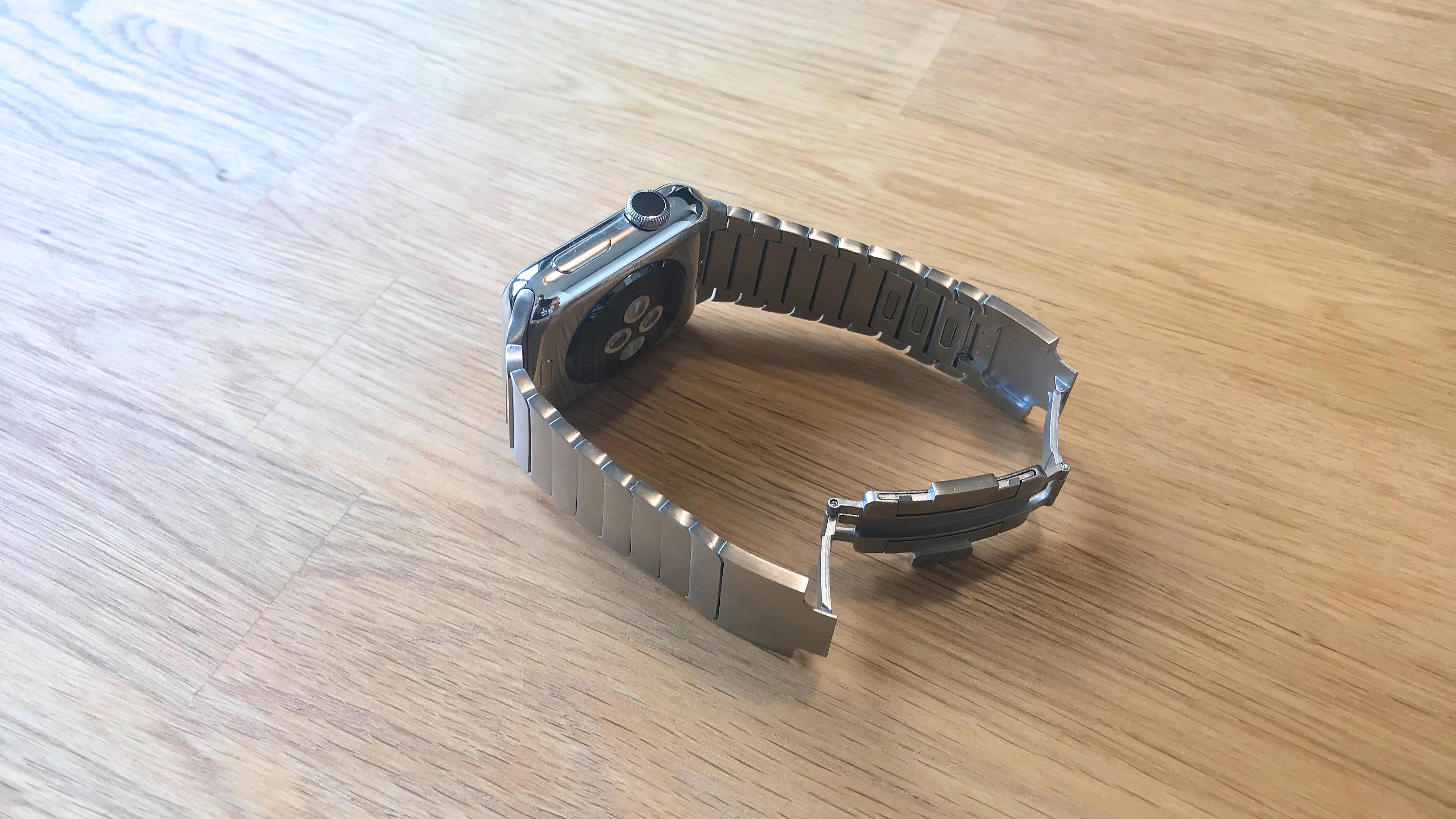 Bluestein_Edelstahl_Gliederarmband_Apple_Watch-Review2 Gliederarmband für die Apple Watch von Bluestein - die edelste Armbandvariante für 149€ statt 509€