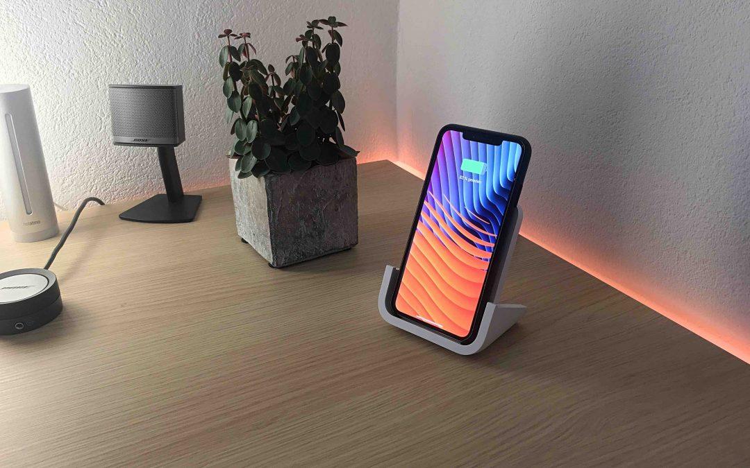 Im Test: Logitech Powered – das iPhone kabellos und aufgestellt laden