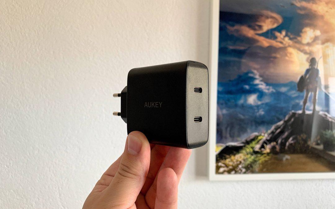 USB-C Ladegerät von Aukey – starke 2 x 18 Watt mit Power Delivery