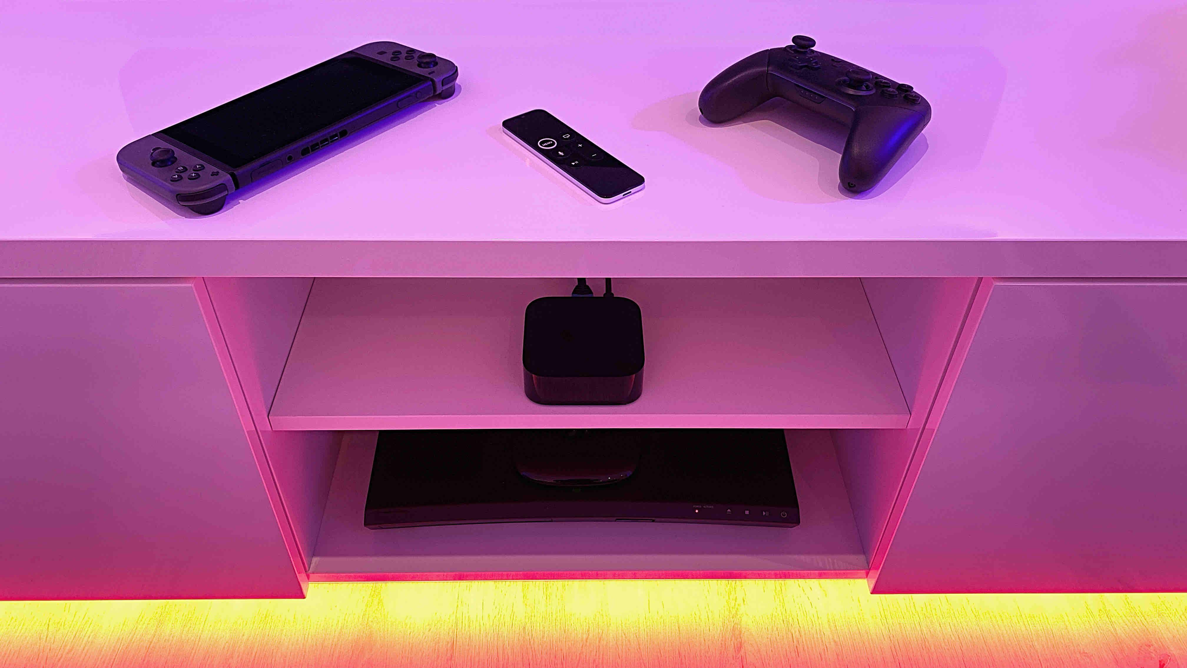 Die_Wohnzimmerschlacht_Teil_1_Nintendo_Switch_Apple_TV_DVD_BluRay_Kolumne_Artikelbild Die Wohnzimmerschlacht (Teil 1)