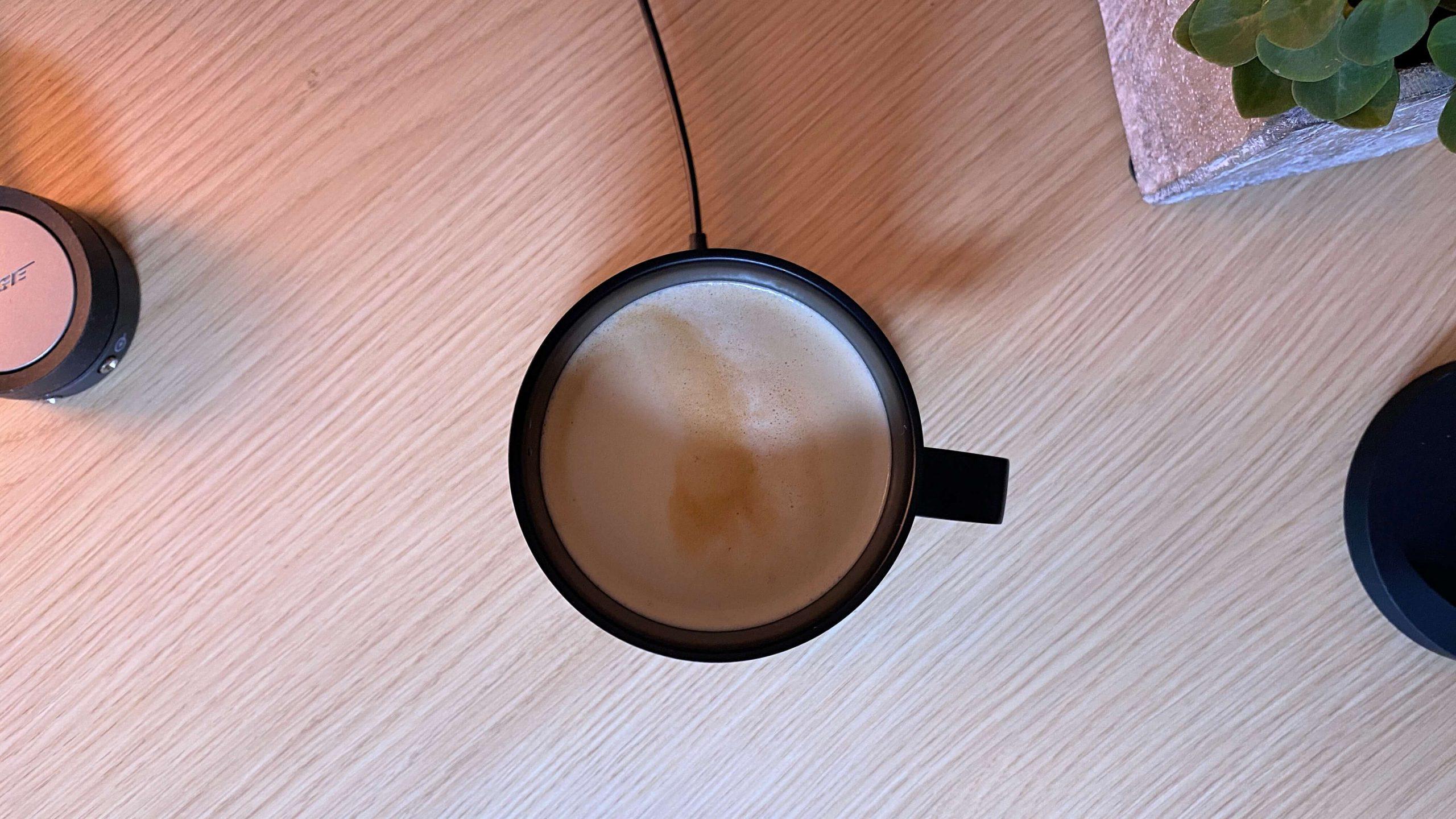 Ember_Mug_Tasse_smart_Review2-scaled Ember Mug² - die Tasse, die dein Heißgetränk durchgehend warm hält