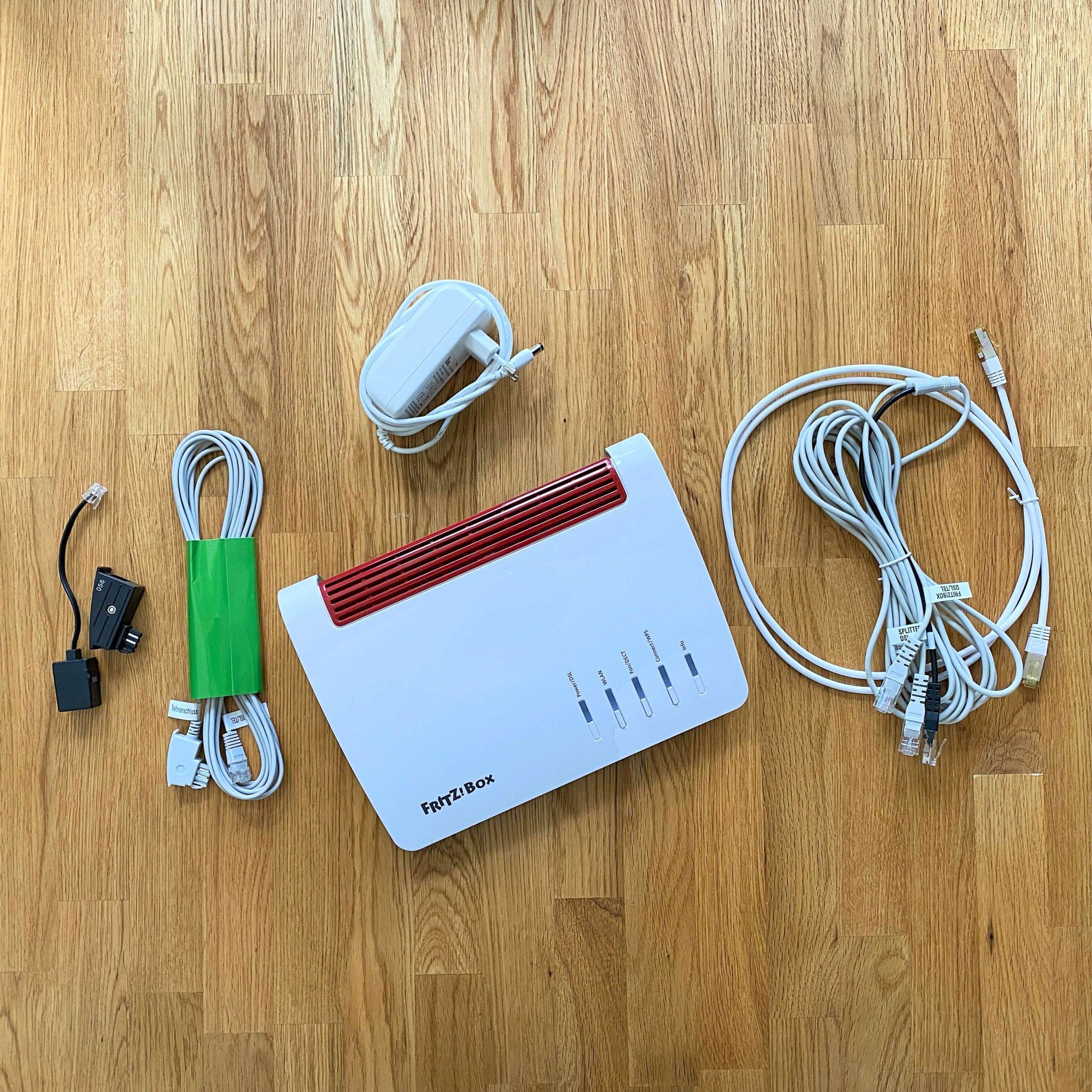 FritzBox7590_Router_WiFi_Dect1-scaled Fritz!Box 7590 von AVM - MESH-WLAN, Telefonie via DECT und allerhand mehr