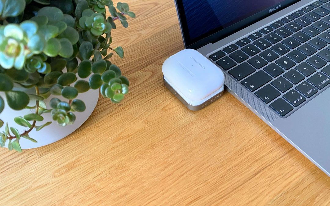 AirPods Charger von Satechi – ohne Kabel via USB-C laden