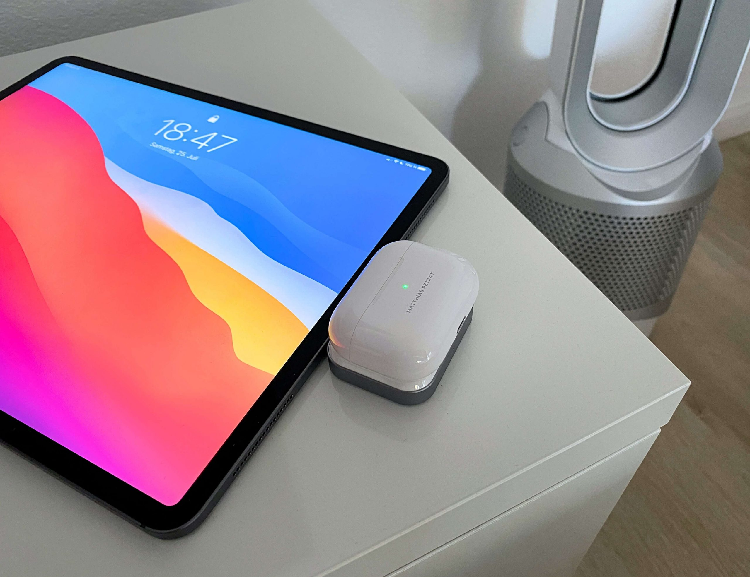AirPods-Charger-von-Satechi-ohne-Kabel-via-USB-C-laden6-scaled AirPods Charger von Satechi - ohne Kabel via USB-C laden