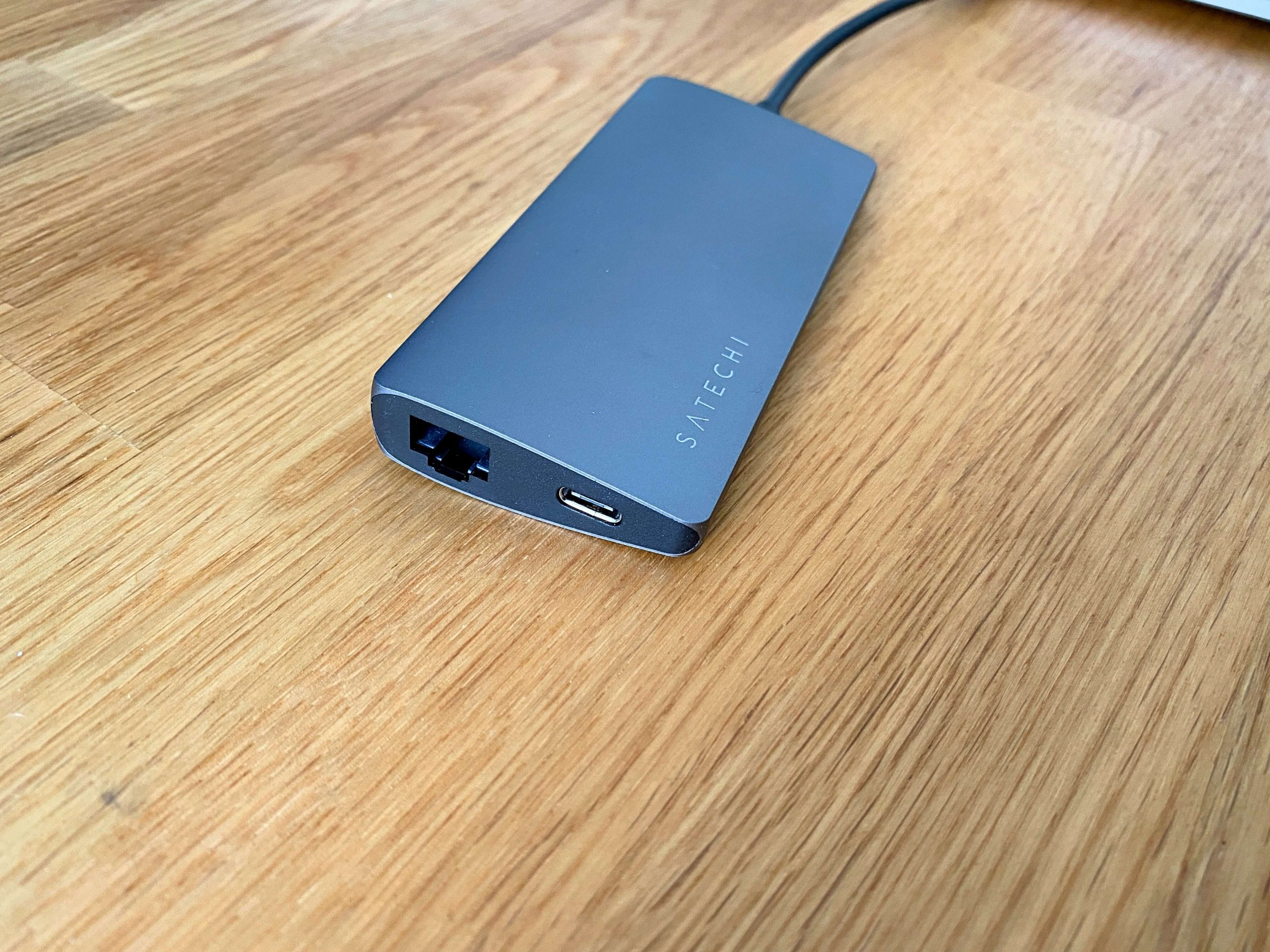 Multiport-Adapter-V2-von-Satechi-HDMI-Speicherkartenslot-USB-C-Ethernet-und-Strom3-scaled Multiport-Adapter V2 von Satechi - HDMI, Speicherkartenslot, USB-A, Ethernet und Strom