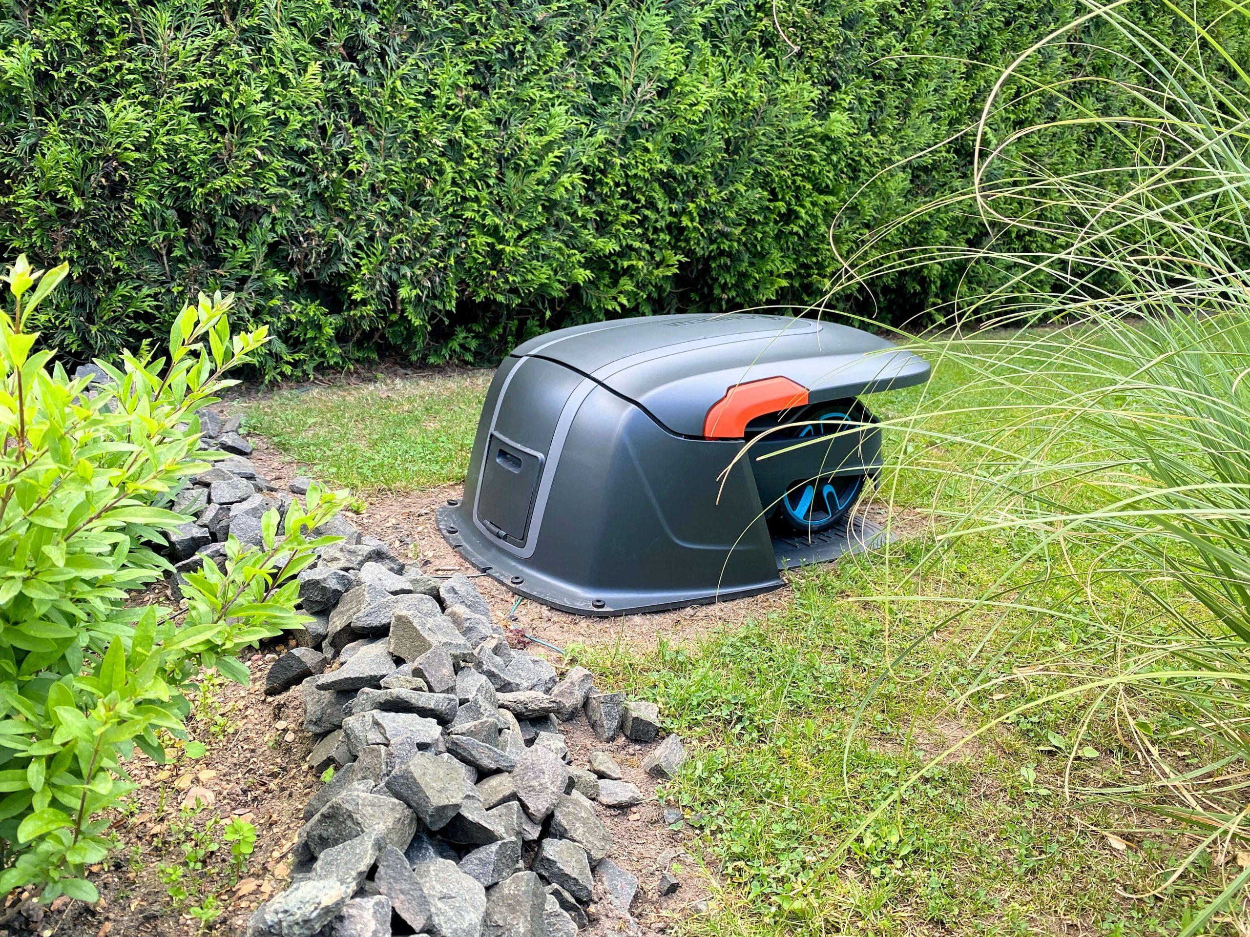 Sileno-City-von-Gardena-ein-stylischer-und-robuster-Rasenmähroboter5-scaled Sileno City von Gardena - stylischer, robuster und smarter Rasenmähroboter