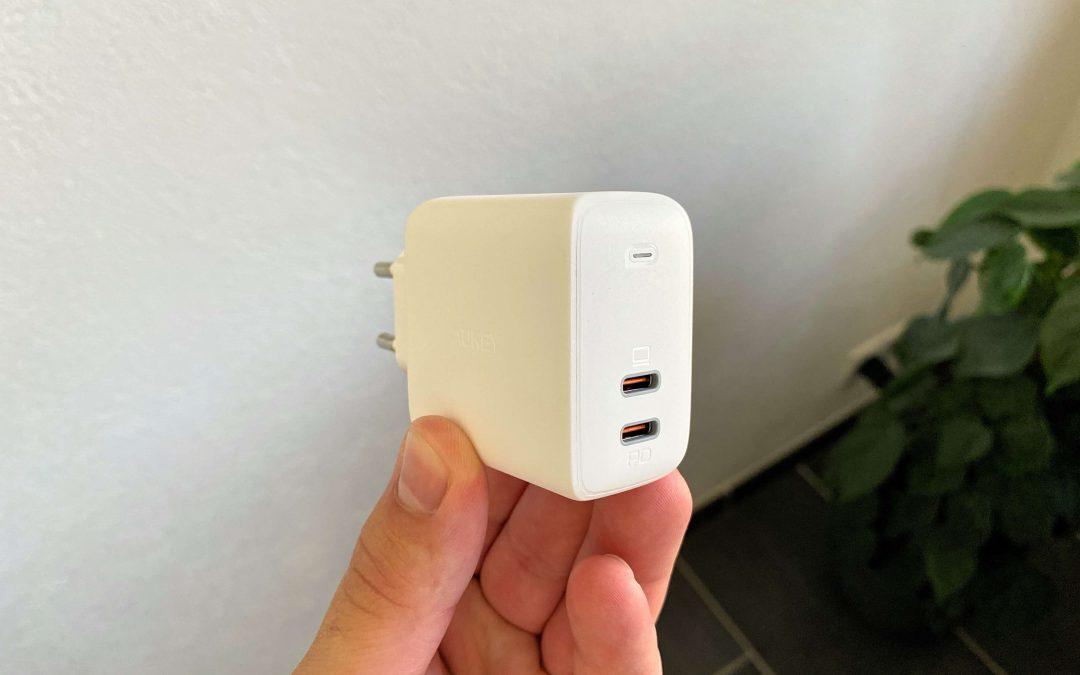 65 Watt Ladestecker von Aukey – Power Delivery via USB-C im Handformat