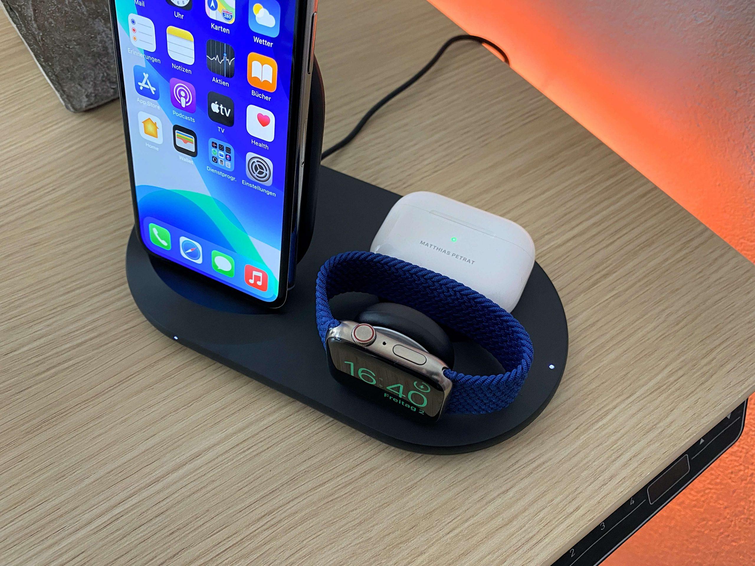 3-in-1-Wireless-Charger-von-Belkin-iPhone-Apple-Watch-und-AirPods-zeitgleich-laden4-scaled 3-in-1 Wireless Charger von Belkin - iPhone, Apple Watch und AirPods zeitgleich laden
