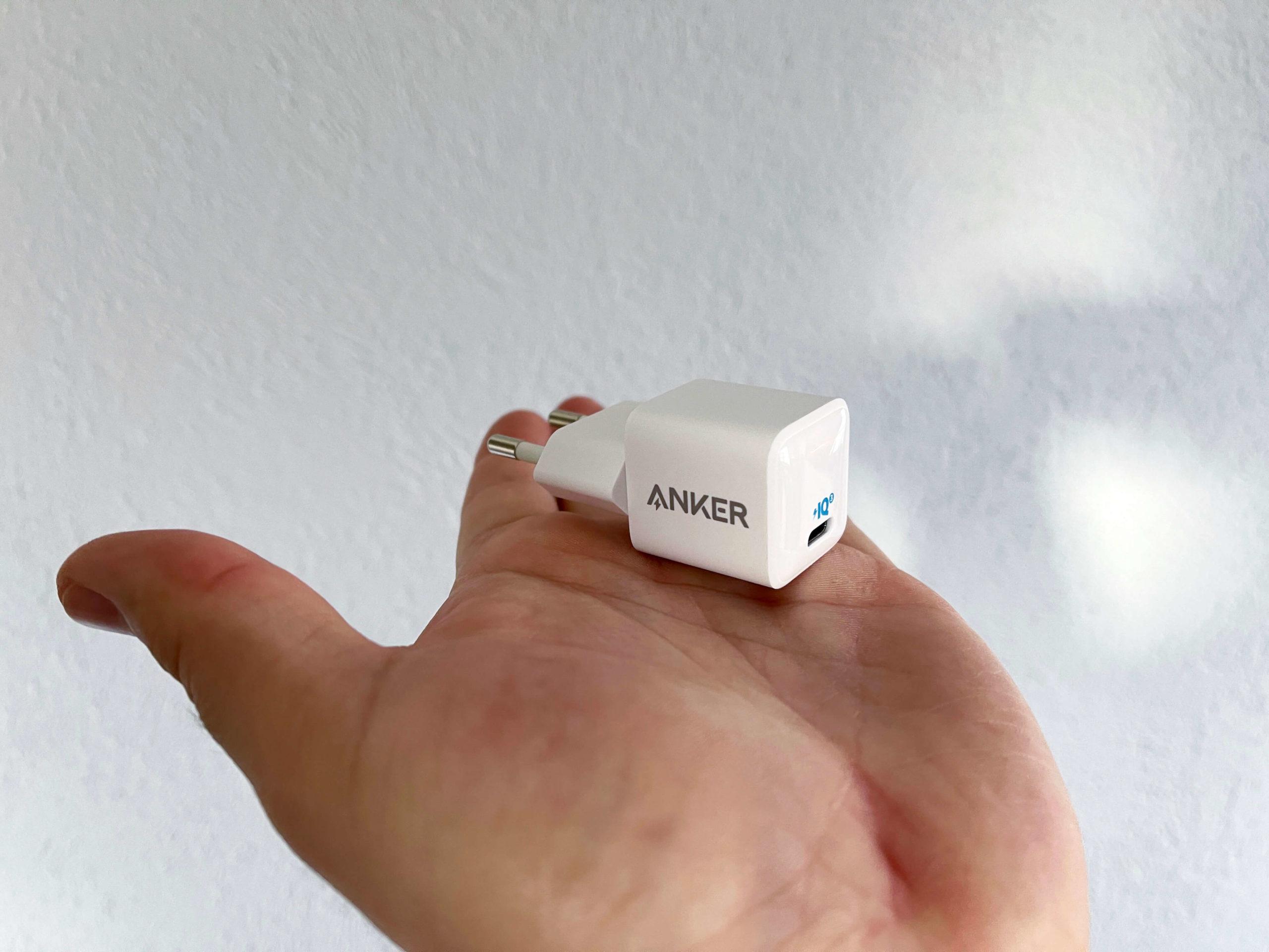 20-Watt-Ladegeraet-mit-USB-C-PD-3.0-von-Anker-klein-und-kraftvoll1-scaled PowerPort 3 von Anker - 20 Watt via USB-C Power Delivery 3.0 im Handformat