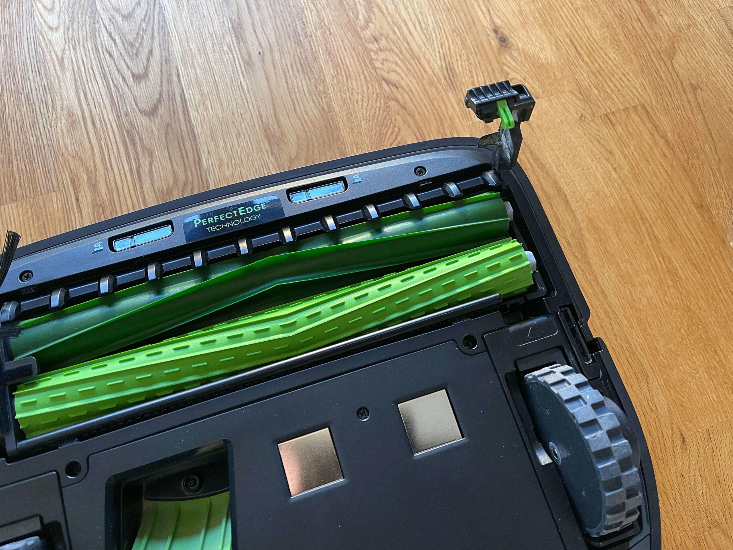 Roomba-s9-von-iRobot-intelligente-Raumreinigung-mit-Lerneffekt6-scaled Roomba s9+ von iRobot - intelligente Raumreinigung mit Lerneffekt