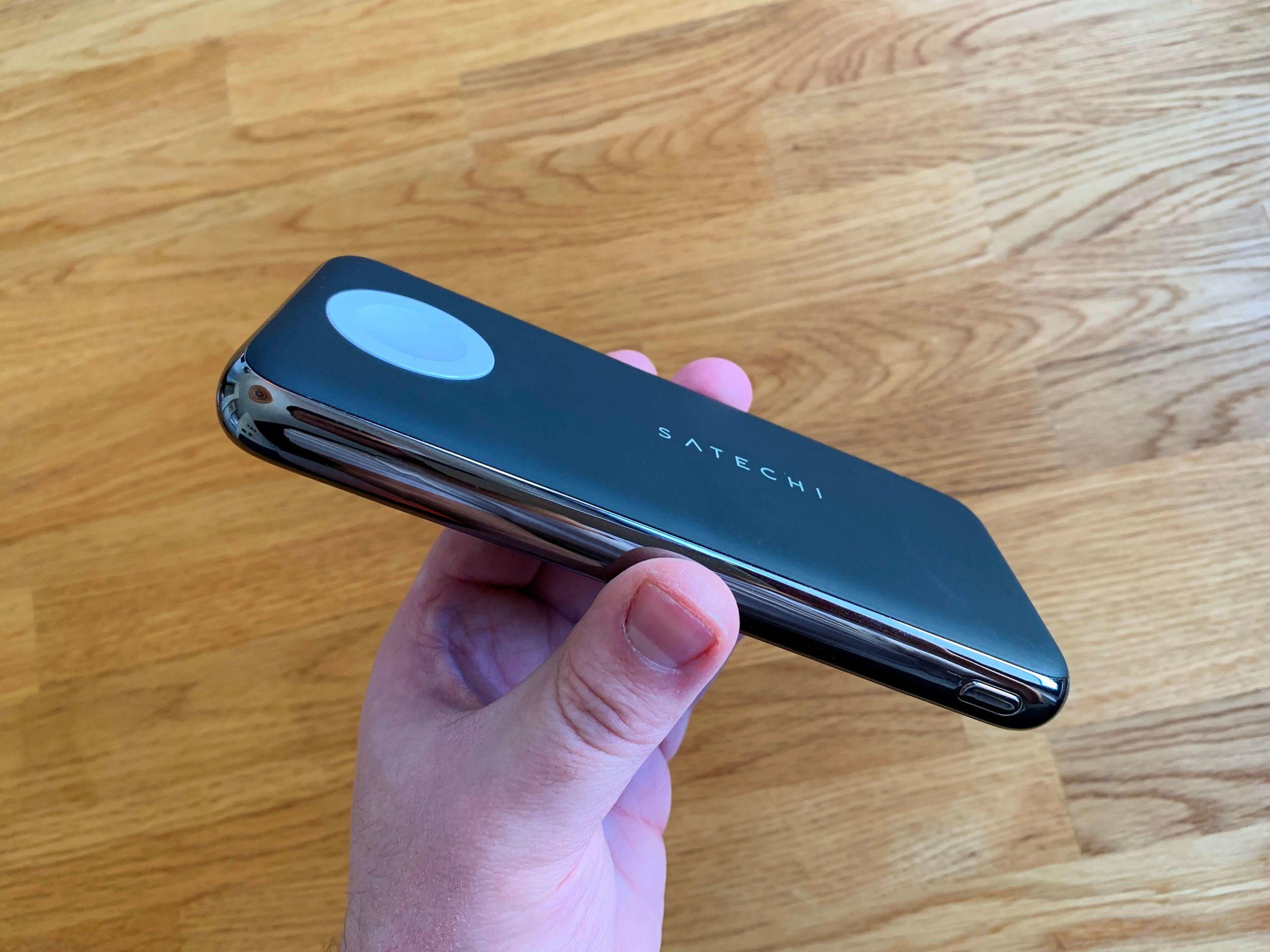 Quatro-Wireless-Power-Bank-von-Satechi-iPhone-und-Apple-Watch-kabellos-laden2-scaled Quatro Wireless Power Bank von Satechi - iPhone und Apple Watch kabellos laden