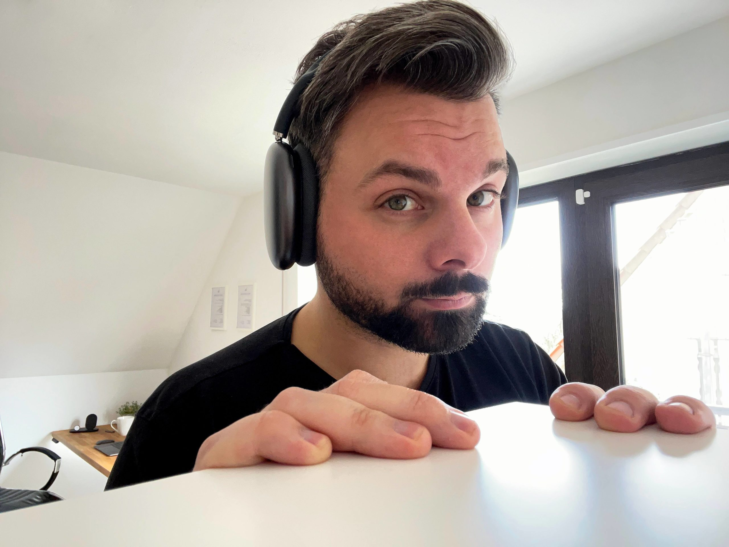 Die_AirPods_Max_matthias_petrat_Kolumne_Review7-scaled Die AirPods Max