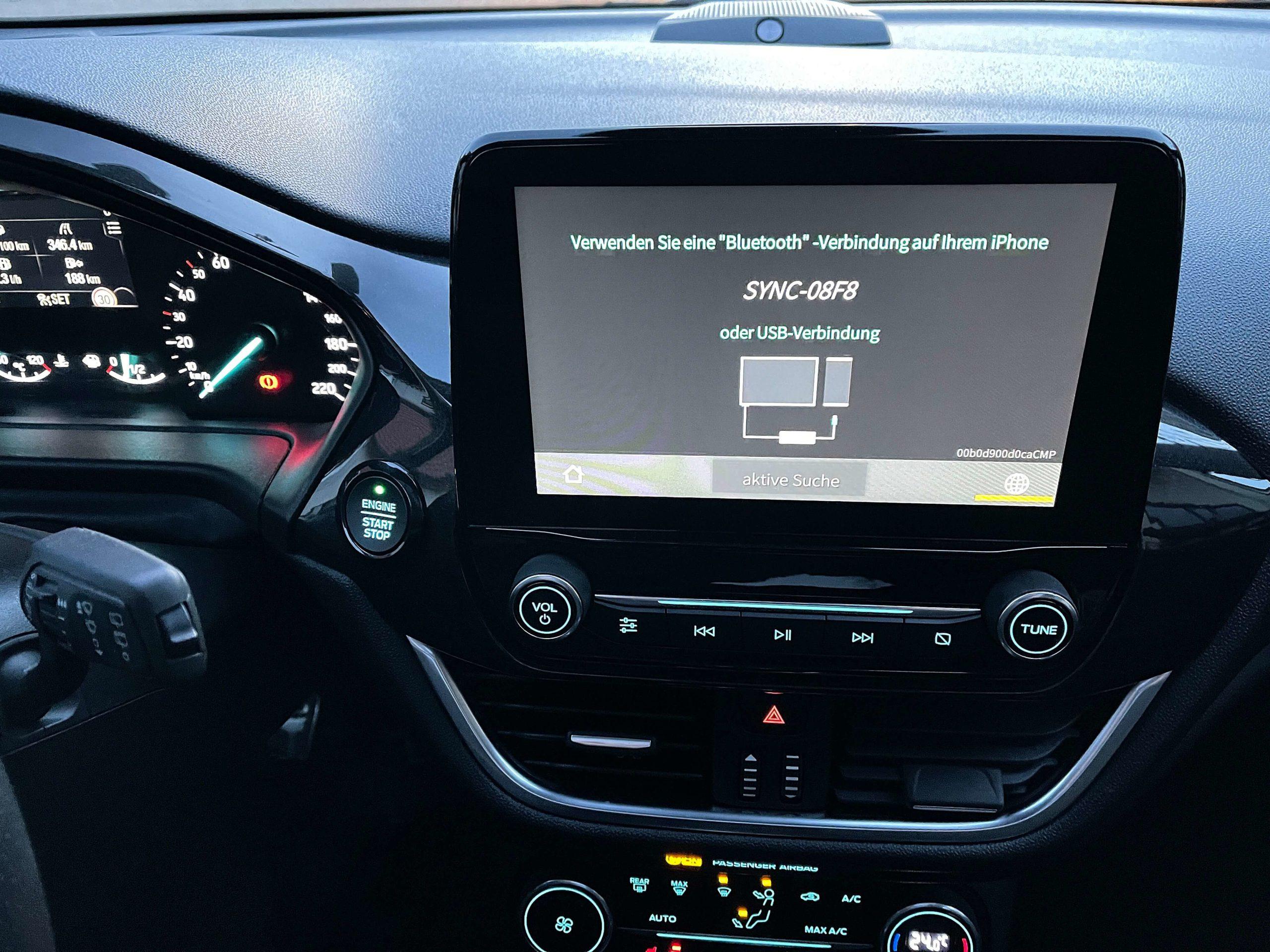 Wireless-CarPlay-Adapter-2.0-von-Carlinkit-–-vorhandenes-Apple-CarPlay-kabellos-machen1-scaled Wireless CarPlay Adapter 2.0 von Carlinkit – vorhandenes Apple CarPlay kabellos machen