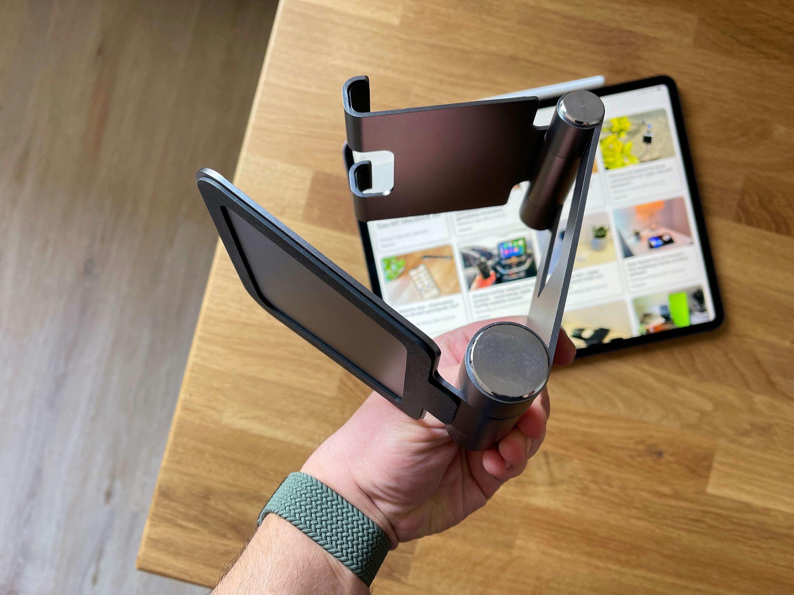 Klappbarer-Tablet-Staender-R1-von-Satechi-das-iPad-immer-korrekt-aufgestellt4-scaled Klappbarer Tablet-Ständer R1 von Satechi - das iPad immer korrekt aufgestellt
