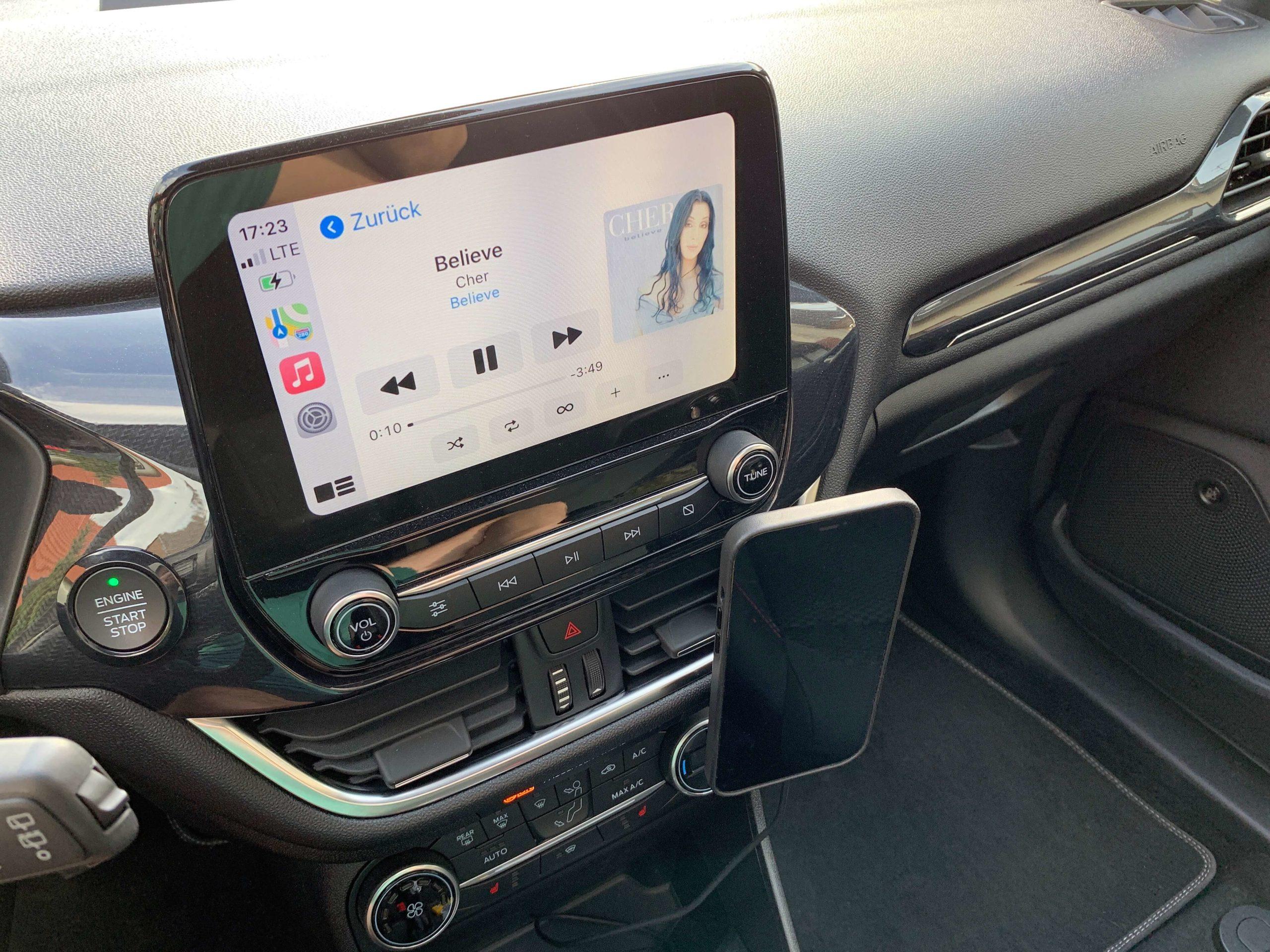 Drahtlos-das-iPhone-im-Auto-via-MagSafe-aufladen-einfach-und-fuer-jeden5-scaled Drahtlos das iPhone im Auto via MagSafe aufladen