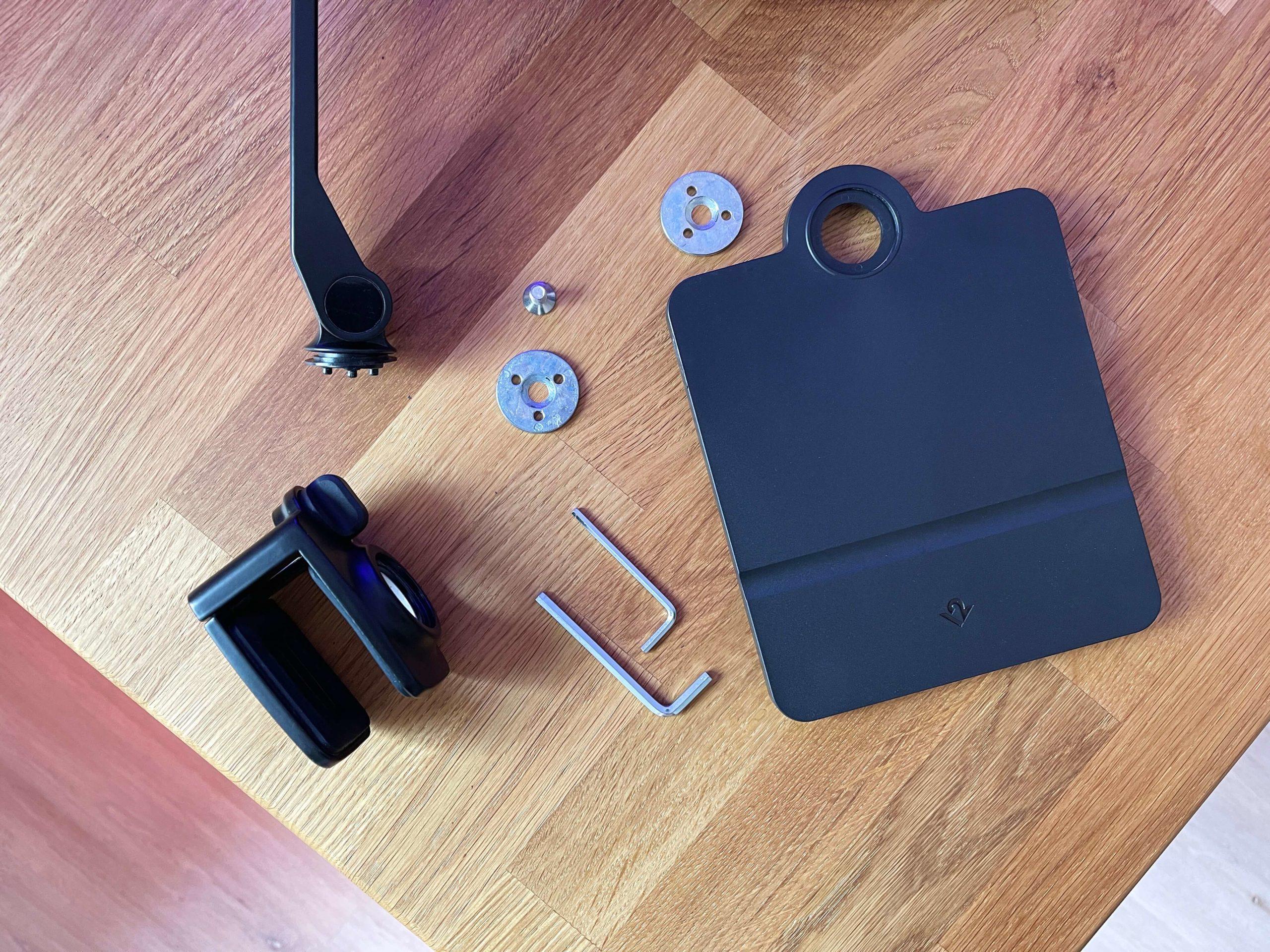HoverBar-Duo-von-Twelve-South-verstellbarer-Schwanenhalshalter-fuer-das-iPad3-scaled HoverBar Duo von Twelve South - verstellbarer Schwanenhalshalter für das iPad