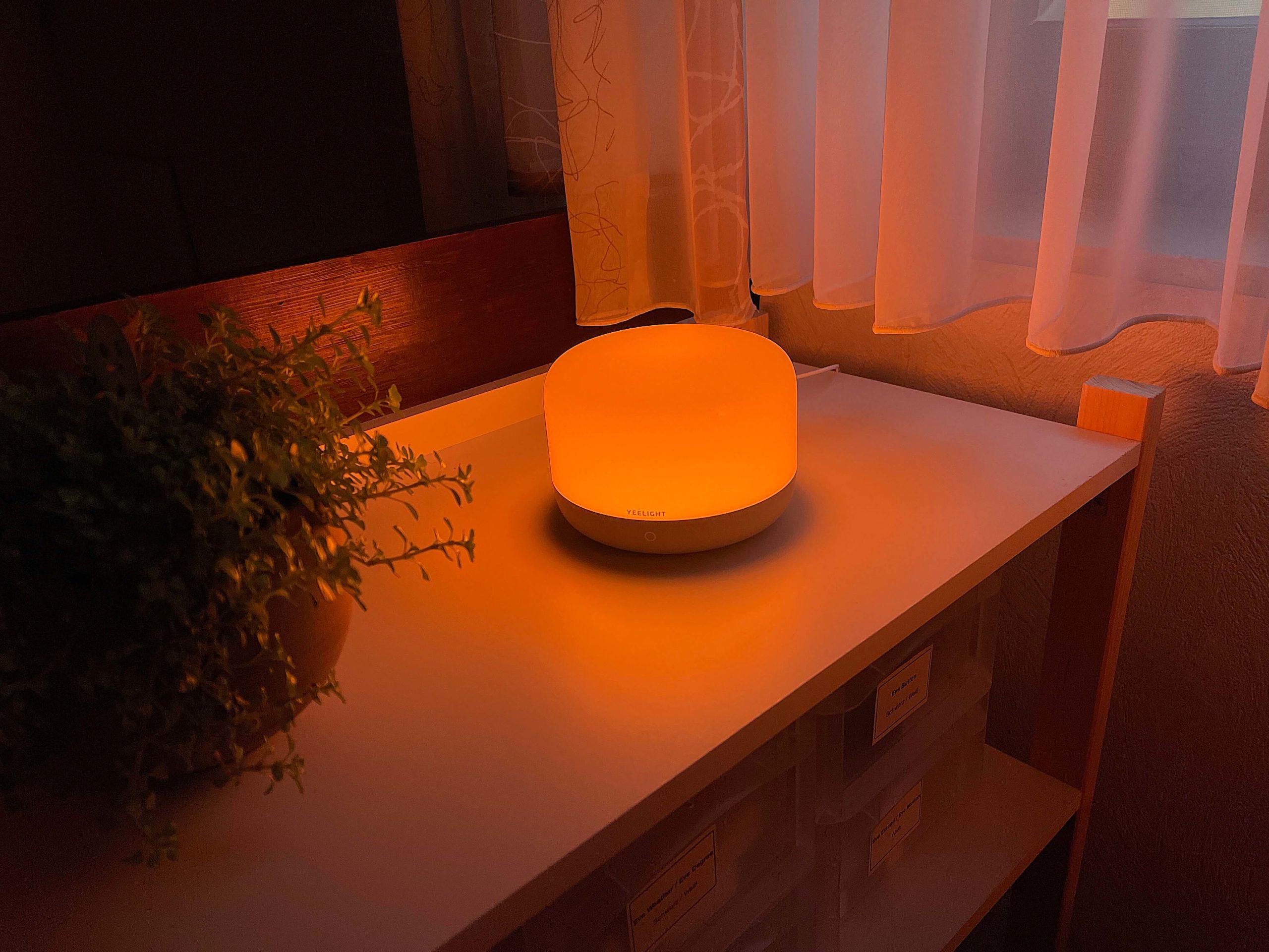 Apple-HomeKit-Nachttischlampe-D2-von-Yeelight1-scaled Nachttischlampe D2 von Yeelight mit Apple HomeKit