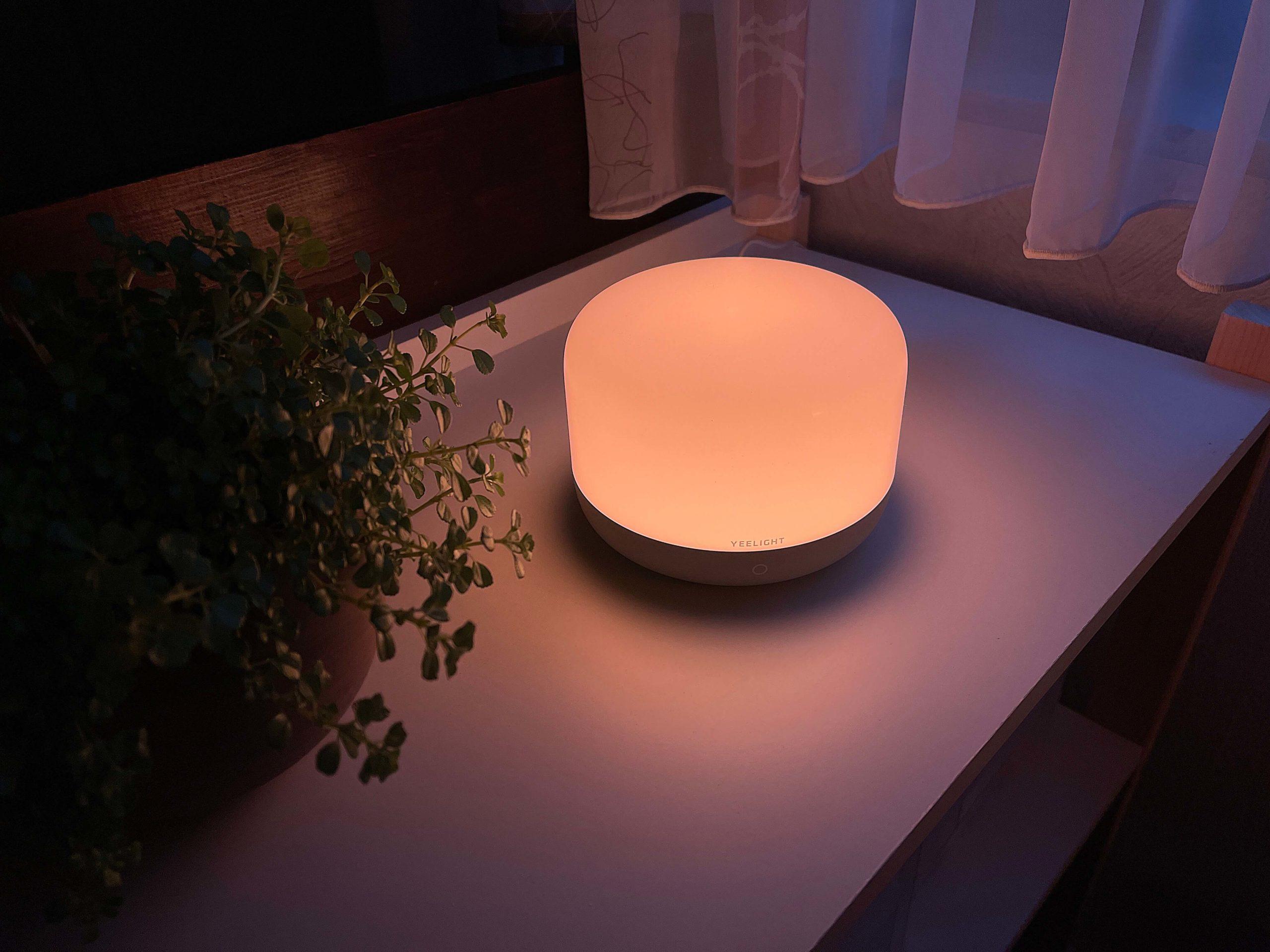 Apple-HomeKit-Nachttischlampe-D2-von-Yeelight4-scaled Nachttischlampe D2 von Yeelight mit Apple HomeKit