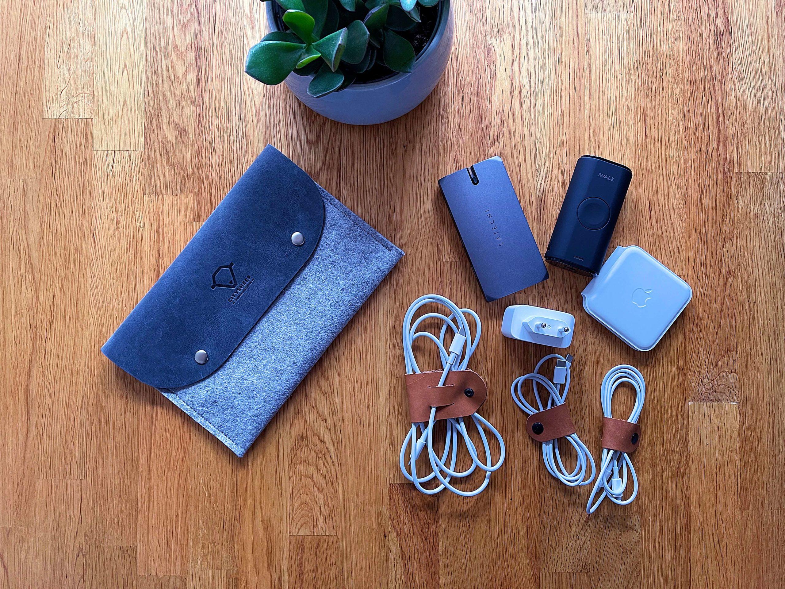 Cable-Organizer-aus-Leder-und-Filz-von-Citysheep4-scaled Cable Organizer aus Leder und Filz von Citysheep