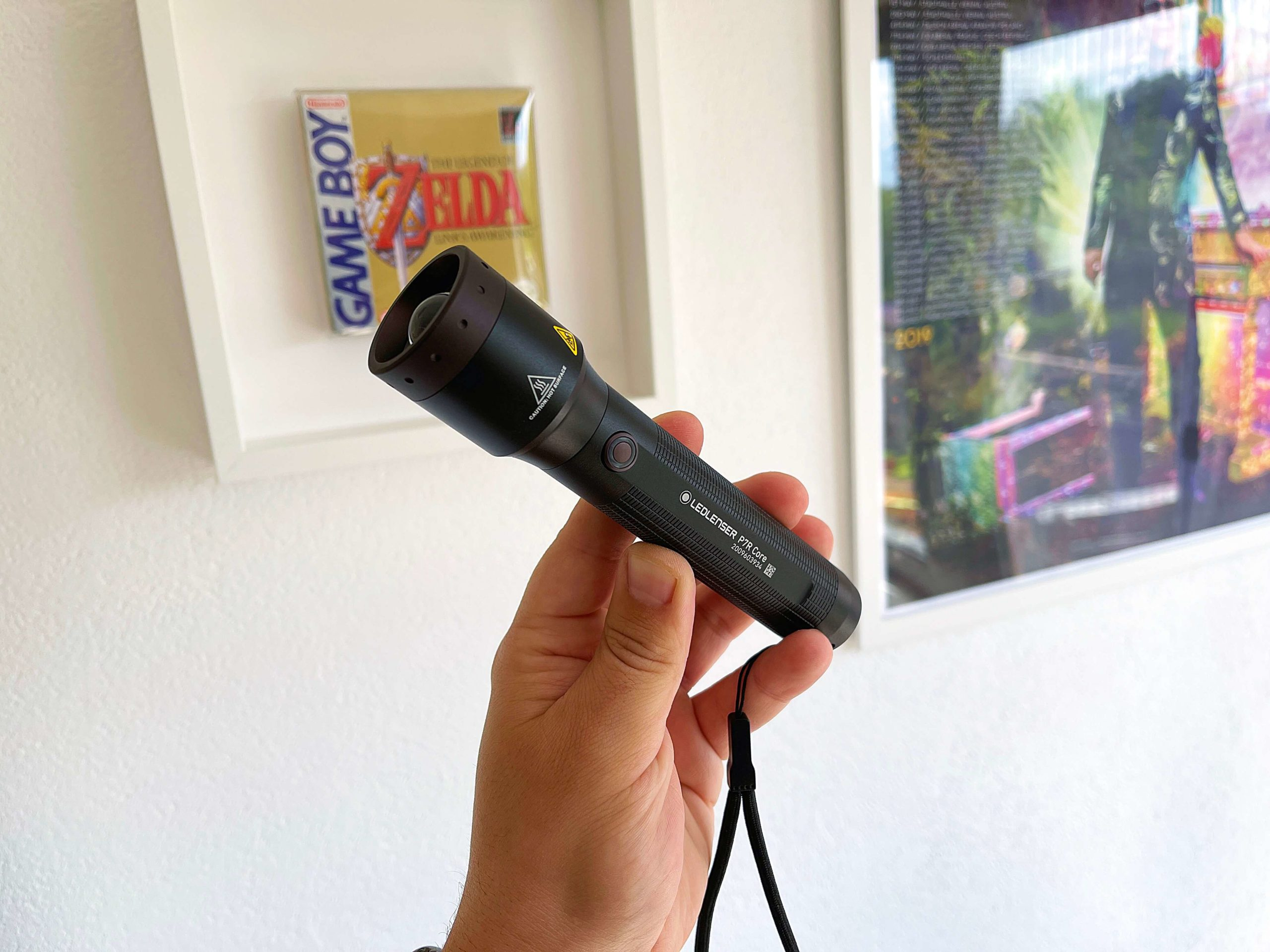 LED-Taschenlampe-P7R-Core-von-LEDLENSER-heller-als-jede-iPhone-Taschenlampe2-scaled LED-Taschenlampe P7R Core von LEDLENSER - heller als jede iPhone-Taschenlampe